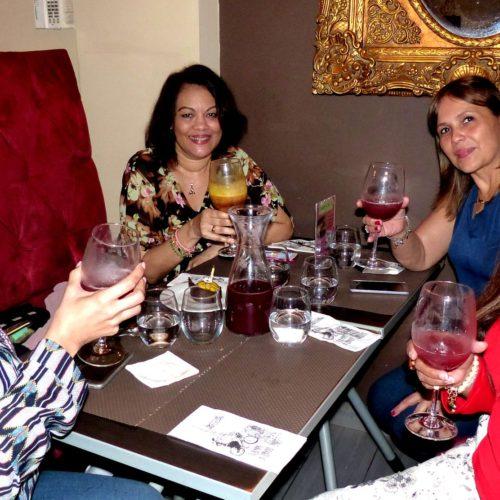 Si cumplen 10 años porque no celebrar el cumple de una amiga y visitar tan lindo restaurante parisino