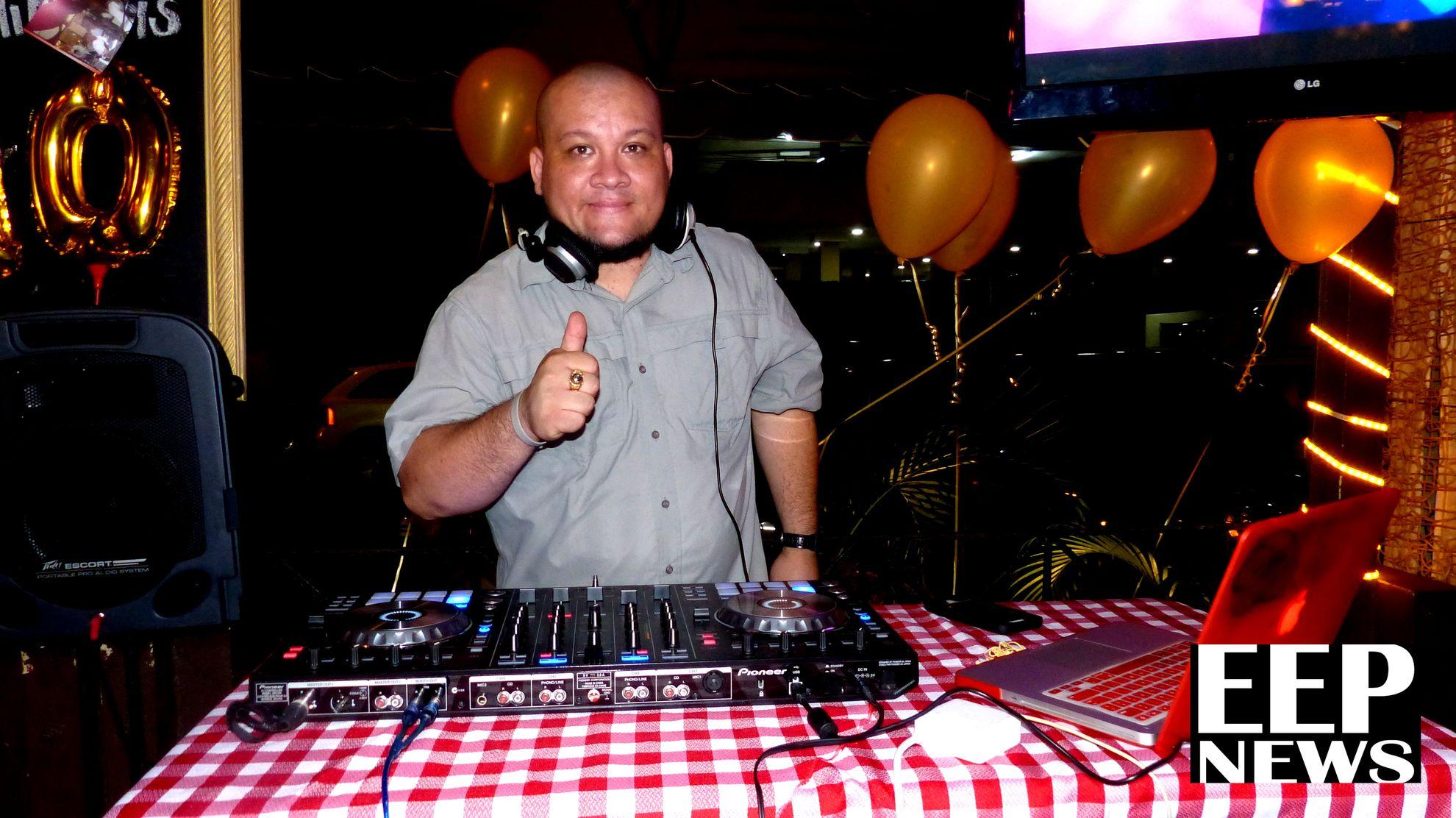 DJ Dj Bull, dió un toque musical para que todos bailaran de todo desde salsa hasta música típica