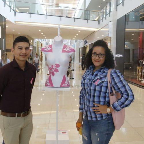 Gilberto Ramos (artista), Wendy Cordoba